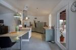 =_utf-8_Q_Kitchen_2.jpg